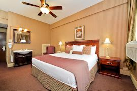Genetti Hotel & Suites - King Traditional Room